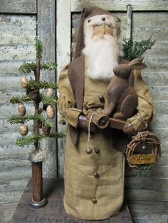 Olde Spring Santa~ Available Sunday March 10th~6 pm EST. Direct from Primitive Folk Artist Sue Corlett  http://1897houseprimitives.blogspot.com/