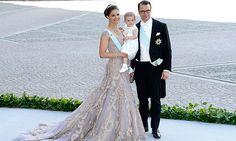 Fadi el Khoury: Über und über mit Pailletten bestickt, sorgte das Kleid von Kronprinzessin Victoria nicht nur bei ihrem Mann Prinz Daniel fü...
