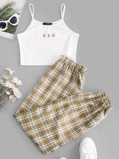 Girls Fashion Clothes, Teen Fashion Outfits, Retro Outfits, Cute Fashion, Style Fashion, Really Cute Outfits, Cute Lazy Outfits, Stylish Outfits, Cool Outfits