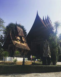 #chiangrai #blackhousemuseum