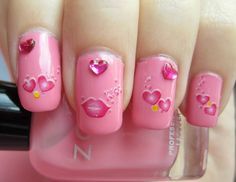uñas decoradas con Barbie