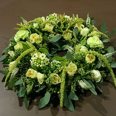 Grafwerk GR26 : Philippe Bas webshop White Flower Arrangements, Funeral Flower Arrangements, Funeral Flowers, Wedding Flowers, Floral Bouquets, Floral Wreath, Funeral Tributes, Memorial Flowers, Sympathy Flowers