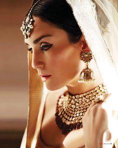 Sonya Jehan exclusive photoshoot in Umrao Jaan style for Hello! India