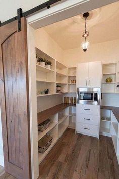 Kitchen Pantry Design, Diy Kitchen Decor, New Kitchen, Kitchen Ideas, Kitchen Small, Pantry Door Storage, Pantry Shelving, Pantry Organization, Pantry Doors