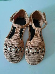 Crochet Shoes Pattern, Crochet Clutch, Crochet Sandals, Beaded Sandals, Shoe Pattern, Crochet Slippers, Homemade Shoes, Make Your Own Shoes, Crochet Flip Flops