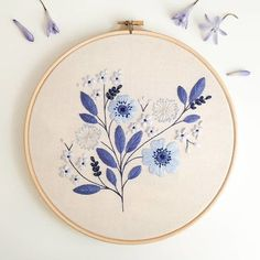 Etsy Embroidery, Embroidery Stitches Tutorial, Embroidery Flowers Pattern, Simple Embroidery, Hand Embroidery Stitches, Modern Embroidery, Embroidery Hoop Art, Hand Embroidery Designs, Knitting Stitches
