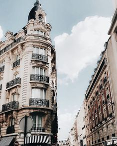 Trendy Ideas For Photography City Street Paris France Merci Paris, Oh Paris, Paris City, The Places Youll Go, Places To Visit, Places To Travel, Travel Destinations, Madrid, Paris Travel Guide