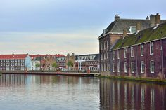 Koop 'Kijkje langs het Proveniershuis Schiedam' van Kok and Co voor aan de muur.