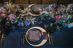 Shades of Purple, Navy & Gold Autumn Wedding Table Setting Pantone have spoken the 2018 colour of the year is Ultra Violet. Check out our shades of purple, navy & gold wedding inspiration for an opulent wedding colour scheme. Blue Wedding, Fall Wedding, Wedding Colors, Dream Wedding, Trendy Wedding, Galaxy Wedding, Moon Wedding, Black Wedding Decor, Wedding Flowers