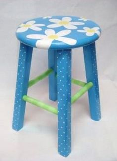 Cool Painted Stool Idea (69) #PaintedChair