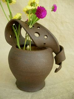 fun pottery ideas | pottery class ideas | great pottery ideas CLICK Visit link above for more details #potterybarnofficeideas #coilpotteryideas #potterystudiodesignideas