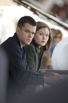 Matt Damon and Julia Stiles as Jason Bourne and Nicky Parsons in The Bourne Ultimatum. Julia Stiles, Matt Damon Jason Bourne, Home Entertainment, The Bourne Ultimatum, Bourne Supremacy, Akira, Bourne Movies, Thriller, Bourne Legacy