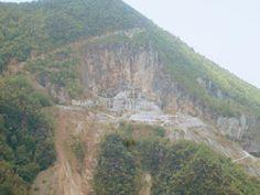 Raccontare un paese: cave di marmo in Versilia: monte Costa