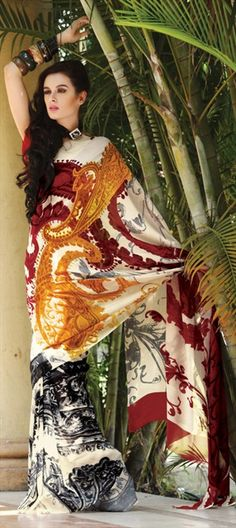 #Paisley prints are back from 50's. Look beautiful in sarees.