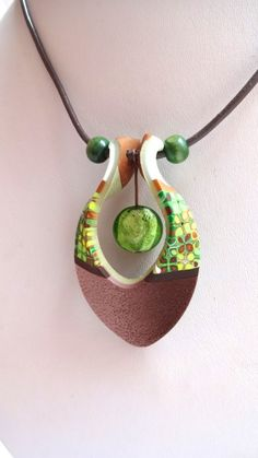 """""""vert1"""", a spectacular art pendant in polymer clay, strung as a complete necklace by Mabcrea Art / Cecilia Botton."""