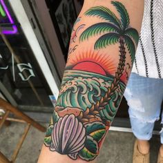 42 Ideas palm tree tattoo old school Tiki Tattoo, Tropisches Tattoo, Surf Tattoo, Piercing Tattoo, Piercings, Beachy Tattoos, Ocean Tattoos, Leg Tattoos, Nautical Tattoo Sleeve