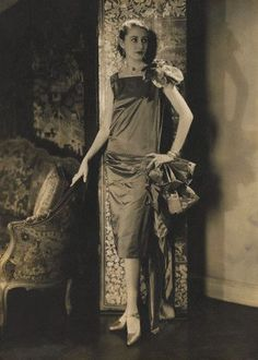 Edward Steichen, Marion Morehouse, sleeveless dress by Louise Boulanger, 1927