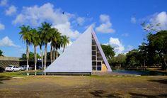 Cemitério Parque das Flores , Recife, Brasil, Roberto Burle Marx, 1964
