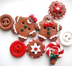 Button Gingerbread Cookies handmade polymer clay by digitsdesigns