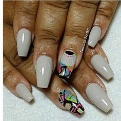 Coffin shaped nail art☻