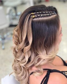 2019 braiding hair trends style fashion hair beauty hairbraiding hairstyless Which braid do you like the most? Haircuts For Frizzy Hair, Curly Hair Braids, Easy Hairstyles For Long Hair, Long Braids, Box Braids Hairstyles, Girl Hairstyles, Curly Hair Styles, Natural Hair Styles, Afro Hair Girl