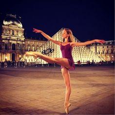 Vaganova student Polina Bukhalova À Paris! Ballet Poses, Ballet Art, Ballet Dancers, Ballerinas, Dance Pictures, Senior Pictures, Cool Pictures, Dance Pics, Senior Pics