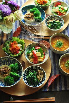 小鉢料理18 Bento Recipes, Vegetarian Recipes, Cooking Recipes, Healthy Recipes, Japanese Dinner, Japanese Food, Asian Recipes, Ethnic Recipes, Food Menu