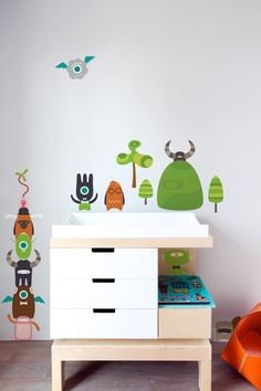 Audrey & her daddy would have fun mixing and matching different robot faces and bodies! (re-stik wall decals)