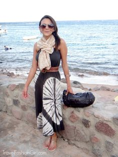 Travel outfit for the Red Sea in Egypt: convertible maxi dress + scarf. Stay cool beachside but wrap the scarf around your shoulders if needed. Always cover your collar bone.