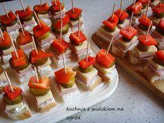 Kliknij i przeczytaj ten artykuł! Quick Recipes, Cooking Recipes, Polish Recipes, Polish Food, Food Decoration, Savoury Cake, Party Snacks, Culinary Arts, Food Inspiration
