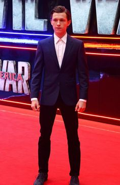 It's a mystery why I find him so attractive... Love you Tom Holland