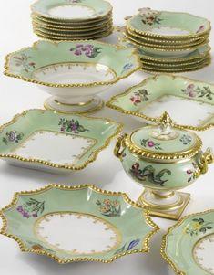 Beautiful Flight, Barr & Barr porcelain dessert service, ca. Vintage China, Vintage Tea, Antique Dishes, Vintage Dishes, Dessert Aux Fruits, Fine Porcelain, Tea Pots, Antiques, Green Ground