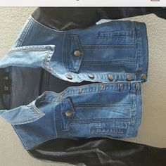 Denim leather jacket Super cute !! Make an offer  fast shipping ✨no trades or Paypal  Forever 21 Jackets & Coats Jean Jackets