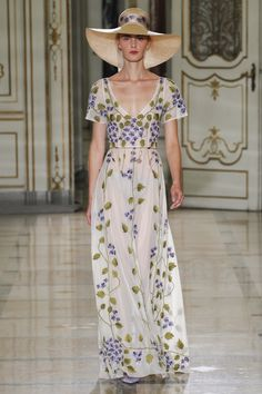 Luisa Beccaria Spring 2016 Ready-to-Wear Fashion Show Collection