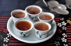 Wu Yi Shui Xian Yan/ Water Sprite tea Oolong Tea, My Tea, Chocolate Coffee, Cacao, Drinking Tea, Teapots, Tea Set, Tea Time, Tea Party