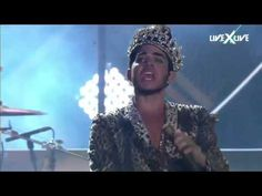 Out....fucking.....standing.......Queen + Adam Lambert = Bohemian Rhapsody / We Will Rock You / We are the champions - YouTube
