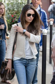 Mila Kunis = so hot.