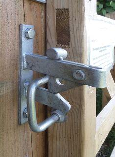 Grill Gate Design, Door Gate Design, House Gate Design, Door Design Interior, Diy Crafts Hacks, Diy Home Crafts, Metal Projects, Welding Projects, Metal Sheet Design