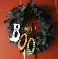 Halloween crafts {wreaths}