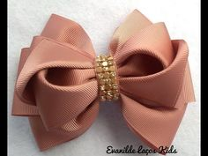 Create and Decorate: 35 Sewing Hacks, Tips, And Tricks For Your DIY Projects Unique Hair Bows, Diy Hair Bows, Making Hair Bows, Diy Bow, Diy Ribbon, Ribbon Hair, Ribbon Crafts, Ribbon Bows, Ribbon Flower Tutorial