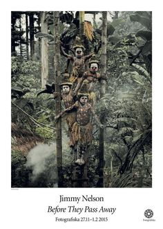 """Goroka Tribe in Papua New Guinea """"Before They Pass Away"""" - Photography by Jimmy Nelson Tribes Of The World, We Are The World, People Of The World, Papua Nova Guiné, Jimmy Nelson, Kings & Queens, Exposition Photo, The Doors Of Perception, Indigenous Tribes"""