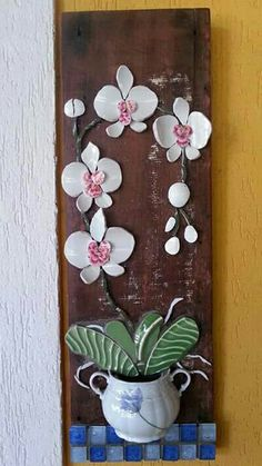 Mosaic Projects, Diy Projects, Mosaic Ideas, Fused Glass, Stained Glass, Mosaic Flowers, Mosaic Art, Flower Patterns, Wind Chimes