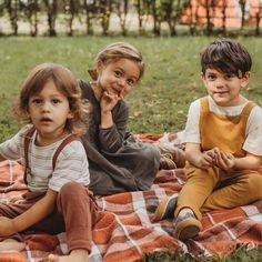 Our mission is to create comfortable and stylish kids clothes. Vintage Baby Boys, Vintage Kids Clothes, Kids Clothes Boys, Toddler Boy Outfits, Kids Outfits, Kids Clothing, Organic Baby Clothes, Unisex Baby Clothes, Kids Fashion Boy