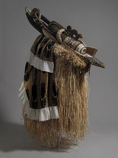 Africa | Banda mask from the Baga people of Guinea | ca. 19th to 20th century