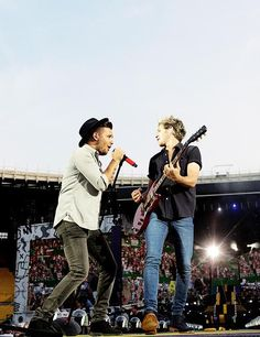 Niall & Liam on stage in Vienna,10.6.15