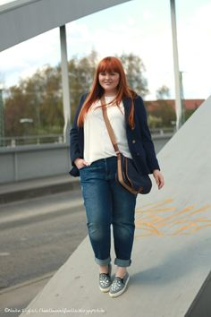 Hülle & Fülle Plus Size Fashion & Lifestyle Blog: Maritime Boyfriend Look, Slipper, OOTD, New Blogpost, Fashion Blogger, Casual Outfit, Red Hair