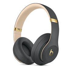 New Beats Studio 3 Wireless Bluetooth Noise-Cancelling Headphones Beats Studio, Tv Accessories, Iphone Accessories, Beats By Dre, Cute Headphones, Over Ear Headphones, Studio Headphones, Wireless Noise Cancelling Headphones, Accessoires Iphone
