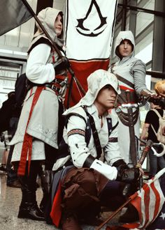 Assassin's Creed Cosplay at Gamescom 2013 - Me as Ratonhnhaké:ton Assassins Creed Costume, Assassins Creed Series, Amazing Cosplay, Best Cosplay, Assassian Creed, Assassin's Creed Hidden Blade, Japan, Manga, Cosplay Costumes