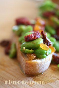 La tartine gourmande- fèves, chorizo et pointe d'ail