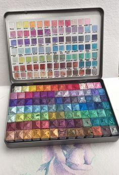 Bumper box of mica paints. Highly pigmented and rewets with just a touch of a brush . 90 different colours, no duplicates.This is pre order only , please allow up to 3 weeks Watercolor Pallet, Watercolour Painting, Art Supplies Storage, Craft Supplies, Colores Faber Castell, Cute School Supplies, Art Drawings Sketches, Amazing Art, Cool Art